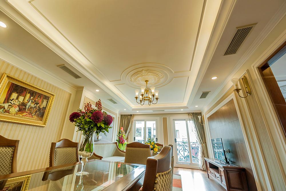Living room - Average Apartment