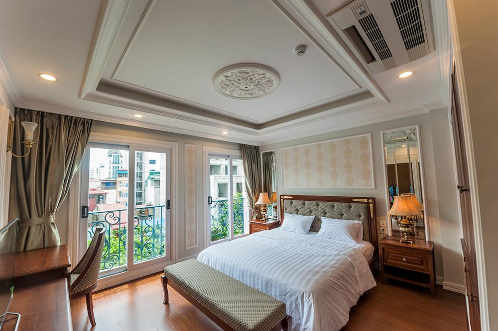 Bedroom - Average Apartment