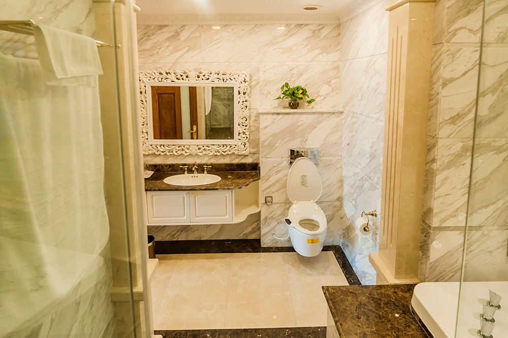 Toilet - Big Aparment